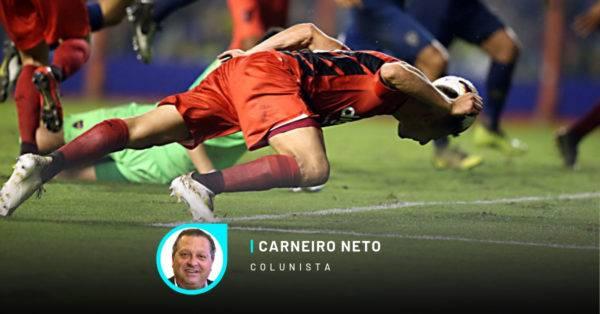 Momento do gol do Athletico contra o Boca na Bombonera. Foto Albari Rosa/Gazeta do Povo