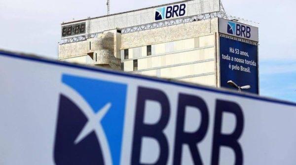 O edital do BRB traz 100 vagas imediatas para o cargo de escriturário, função que exige apenas o nível médio de escolaridade. (Foto: Reprodução/Google Imagens)
