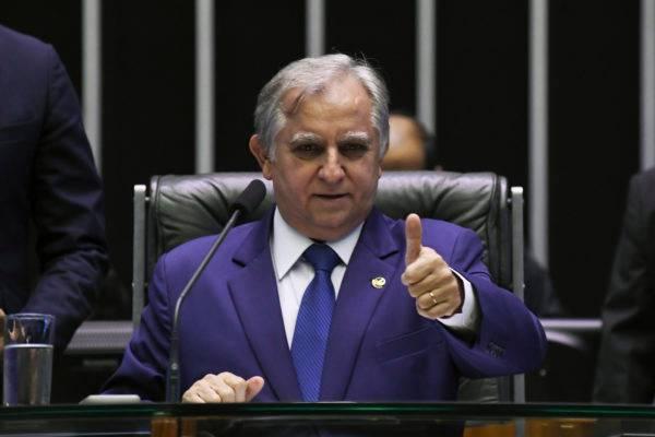 """Doze assessores do senador Izalci Lucas trabalham no diretório do PSDB no Distrito Federal: """"eu que coloquei eles lá"""", diz.  Foto: Jefferson Rudy/Agência Senado"""