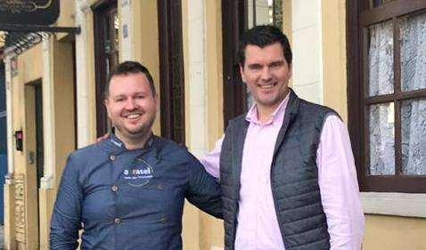 André Raulino e Alcioni Dumas proporcionam um Menu Confiança nesta quarta, no Restaurante Pescara. (Fotos/ Divulgação)